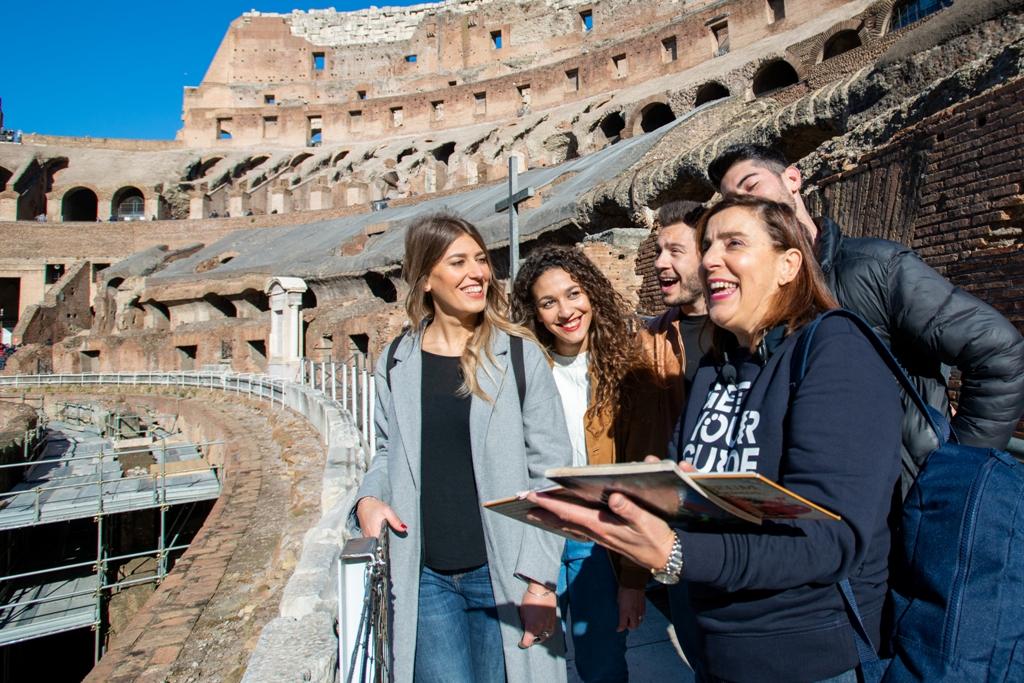 originals-rome-priority-access-colosseum-roman-forum-palatine-hill-tour-t310808-42_1.jpg