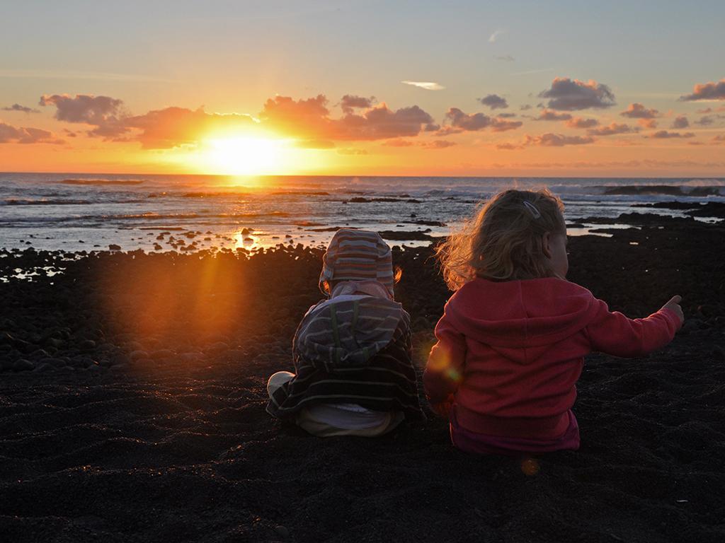 Potovanja_z_otroki_-_Traveling_with_children_-_Lanzarote.JPG