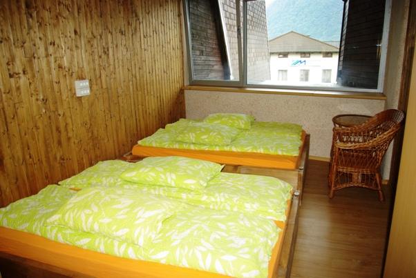 58_Youth_Hostel_Paradiso_2_.JPG