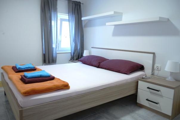 90_Youth_Hostel_Pirano_1_.JPG
