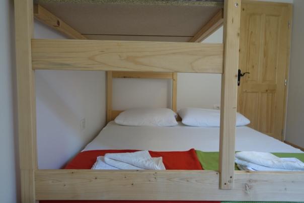 90_Youth_Hostel_Pirano_38_.JPG