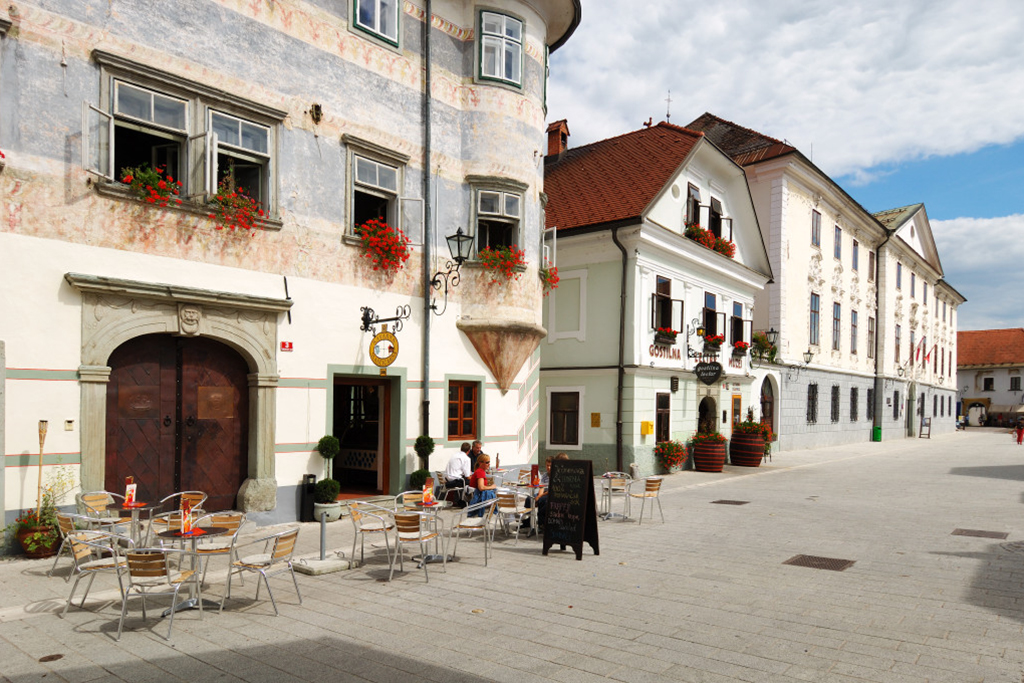 Youth_Hostel_Radovljica_8.jpg