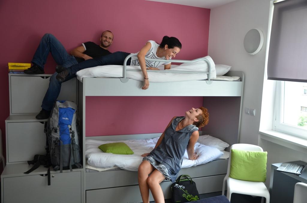 Hostel_Brezice_www.youth-hostel_2.jpg