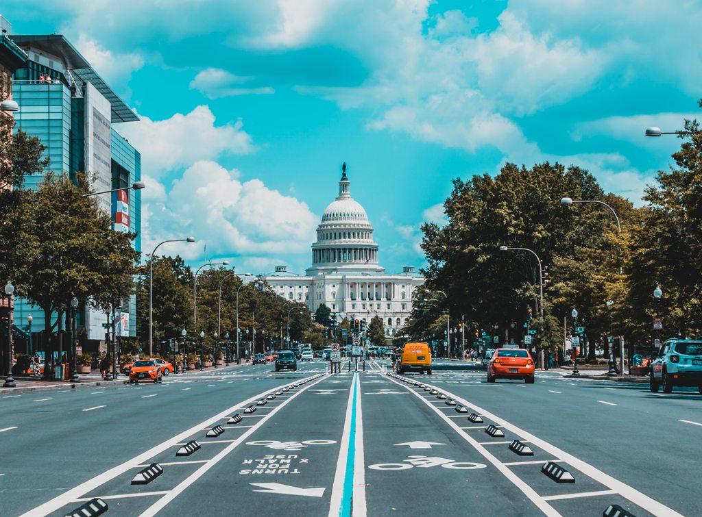 Potovanje_v_Washington_-_A_trip_to_Washington_-_Photo_by_Jorge_Alcala_on_Unsplash.jpg